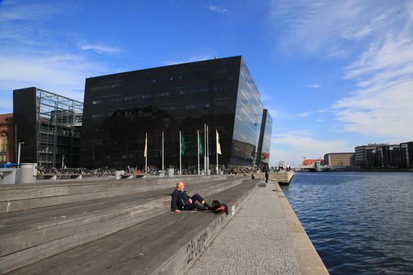 哥本哈根国家图书馆(黑珍珠)1 副本.jpg