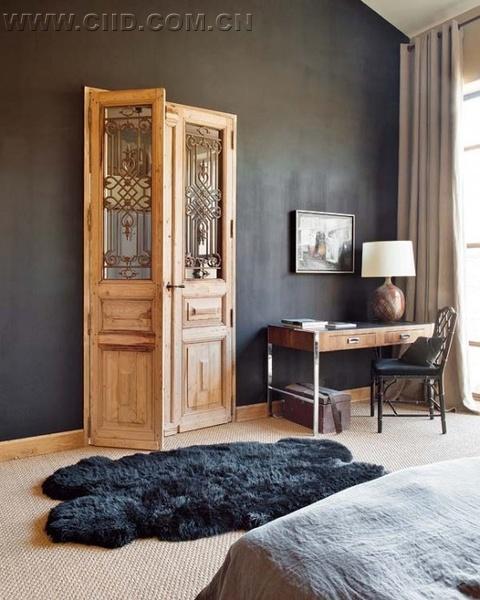 原来的室内设计灵感来自于loft风格,给这个家带来非常特别的气质.