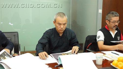 深圳厚夫设计顾问有限公司董事长陈厚夫担任评审组组员.
